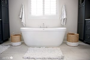 5 Easy Ways to Refresh Your Bathroom