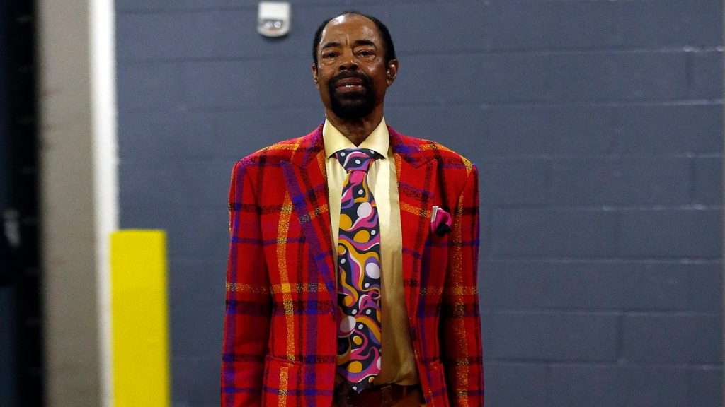 Here Comes Clyde Frazier's Kandy-Kolored Tangerine Flake Streamline Big Fit!