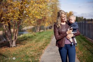 5 Brain-Boosting Activities You Can Do with Baby While You Walk