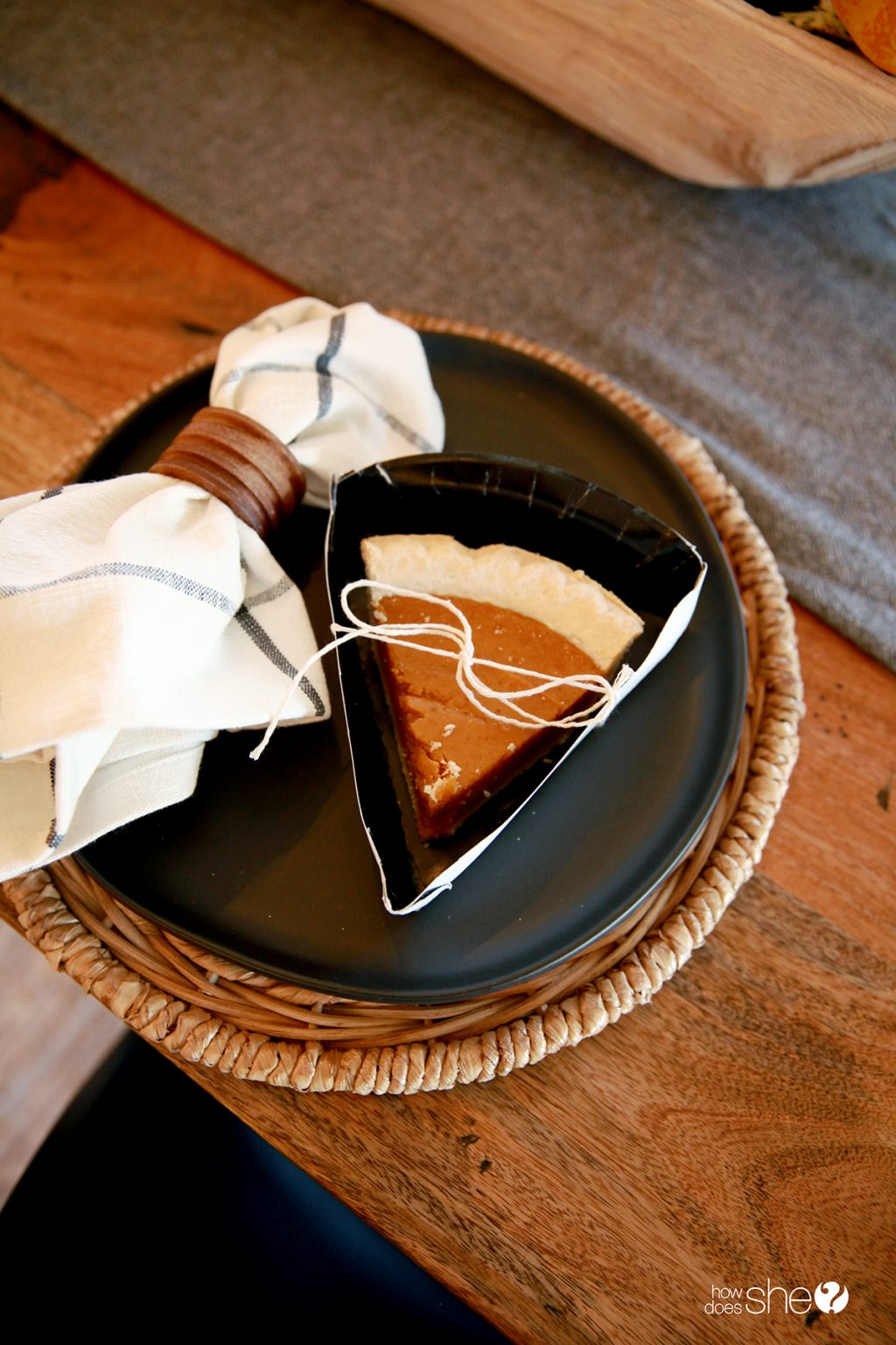 Simple DIY Pie Slice Boxes Made from Paper Plates